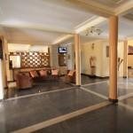 3-lobby-safari-gate-hotel-Lobby