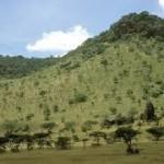 dramatic oloololo escarpment in masai mara